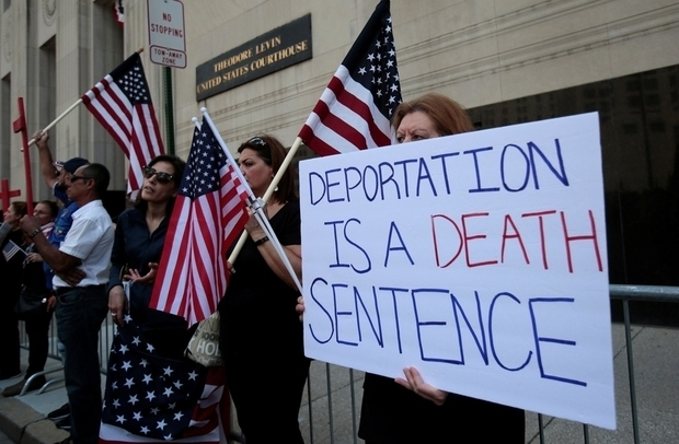 No Festive Cheer as Deportation Looms for Moroccan-American Family