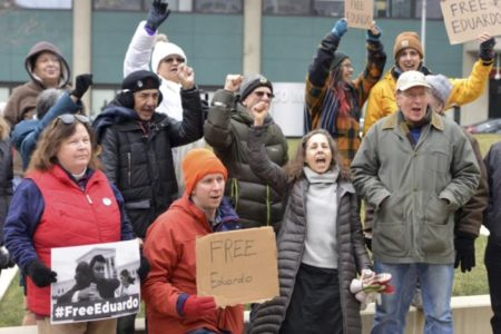 Rallies call for release of detained immigration activist