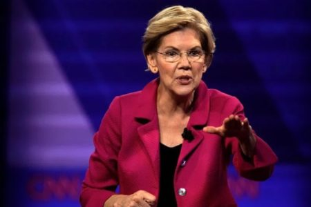 Warren Calls on DHS to Allow Transgender Migrants Immediate Entry Into U.S.