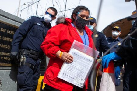 """New """"Rocket Docket"""" Process For Immigration Hearings Compromises Justice, Advocates Say"""